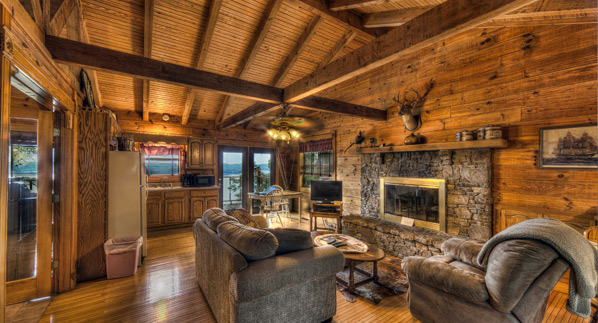 Couples Cabins - Sugar Ridge Resort